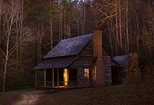 Henry Whiteheads Cabin (Light Painting)